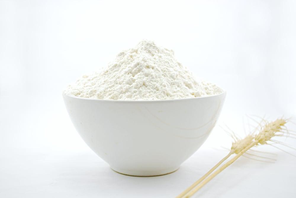 all purpose flour vs bread flour